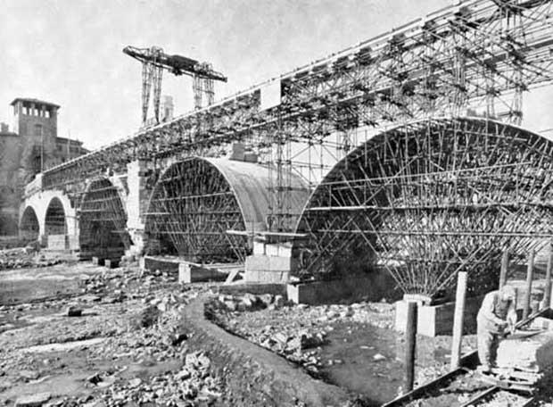 Ponte Pietra a Verona, la ricostruzione