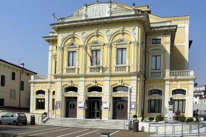 Teatro-Salieri-a-Legnago