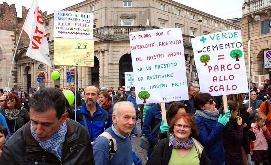 Manifestazione per il Parco Scalo il 22 ottobre 2016 (Verona)