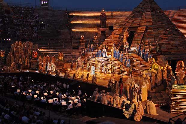 Arena-Aida