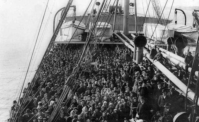 Risultati immagini per Emigrazione italiana foto