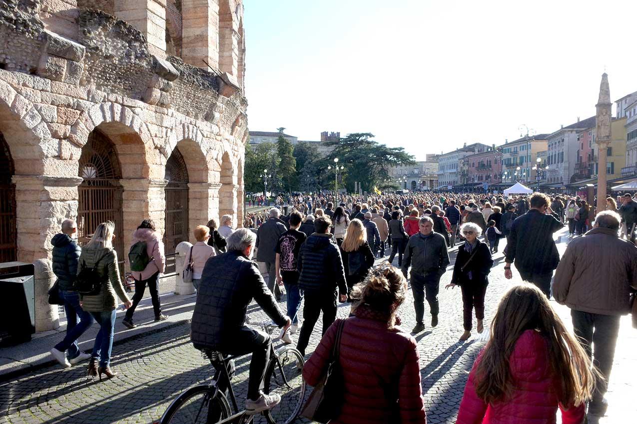 Piazza Bra, Verona (foto Verona In)
