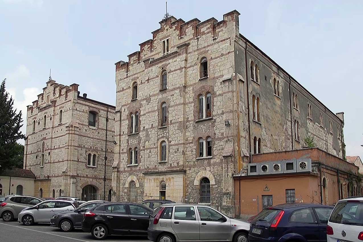 Santa Marta, Silos di Levante, Verona