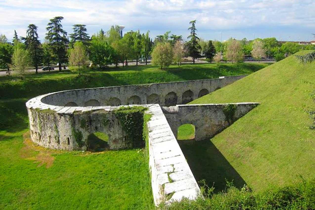 Cinta muraria, Verona