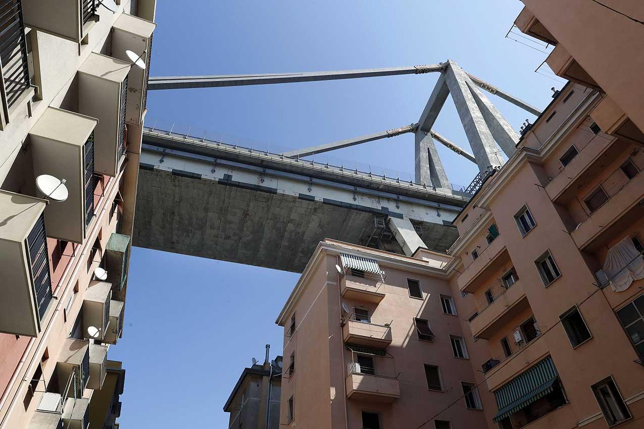 Il ponte Morandi (Genova) - strada