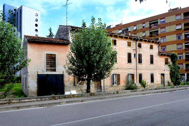Casa colonica Saval