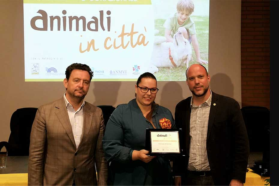 Laura Bocchi ritira il premio Animali in città 2018