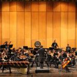 Il ritorno dei grandi musicisti Stoltzman e uno spettacolo sulla violenza di genere