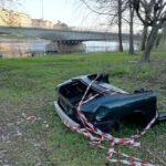Il lungadige dimenticato tra Ponte Risorgimento e Ponte Catena