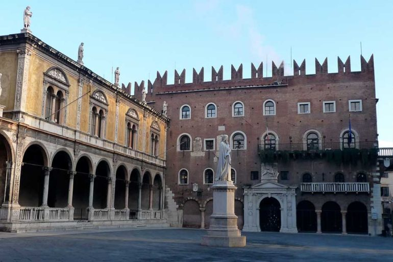 Palazzo del Podestà, Prefettura di Verona