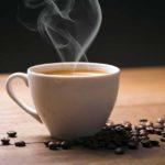 Il caffè, la sua storia e il lungo viaggio che compie ogni giorno