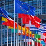 Gli Stati Uniti d'Europa per non essere dei nani tra i giganti