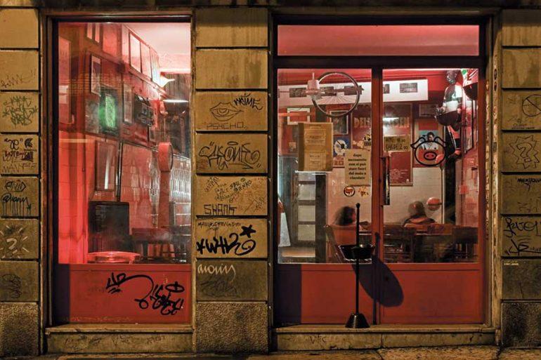 Il bar Malacarne a San Vitale