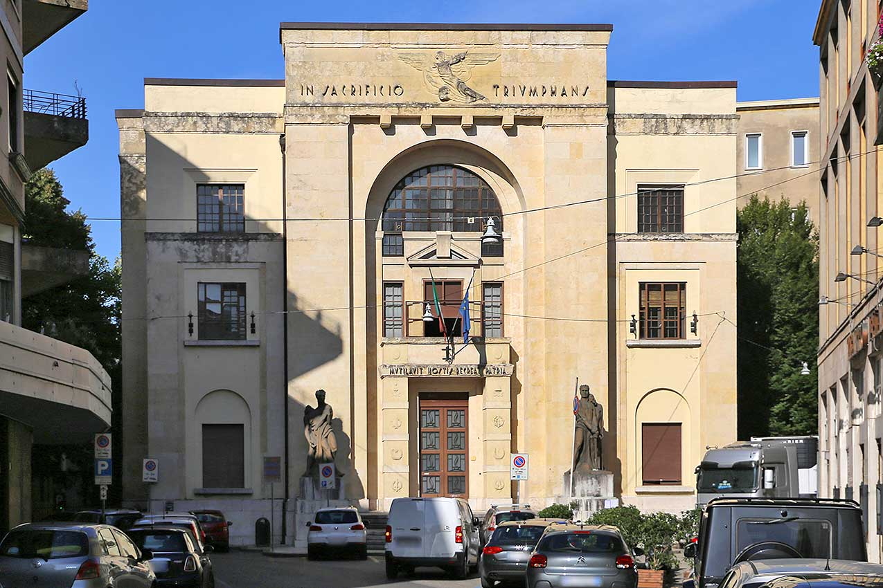 Palazzo dei Mutilati, Verona