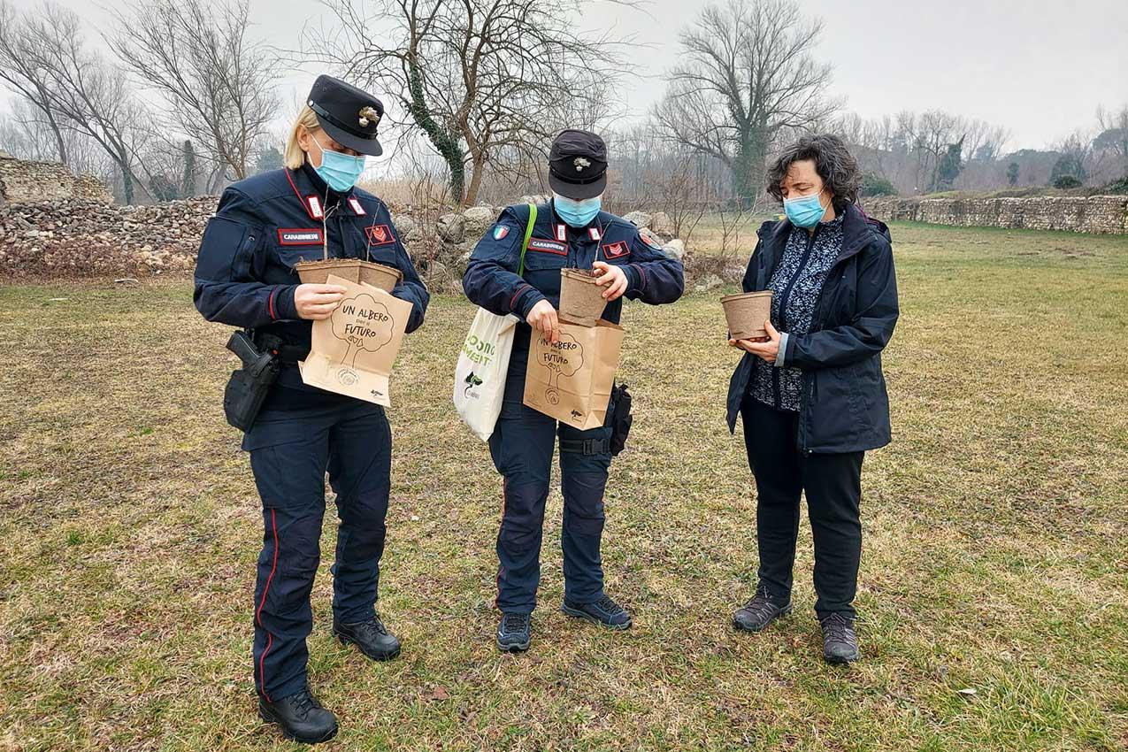 Chiara Azzetti, Laura Morandini, Luisa Barini