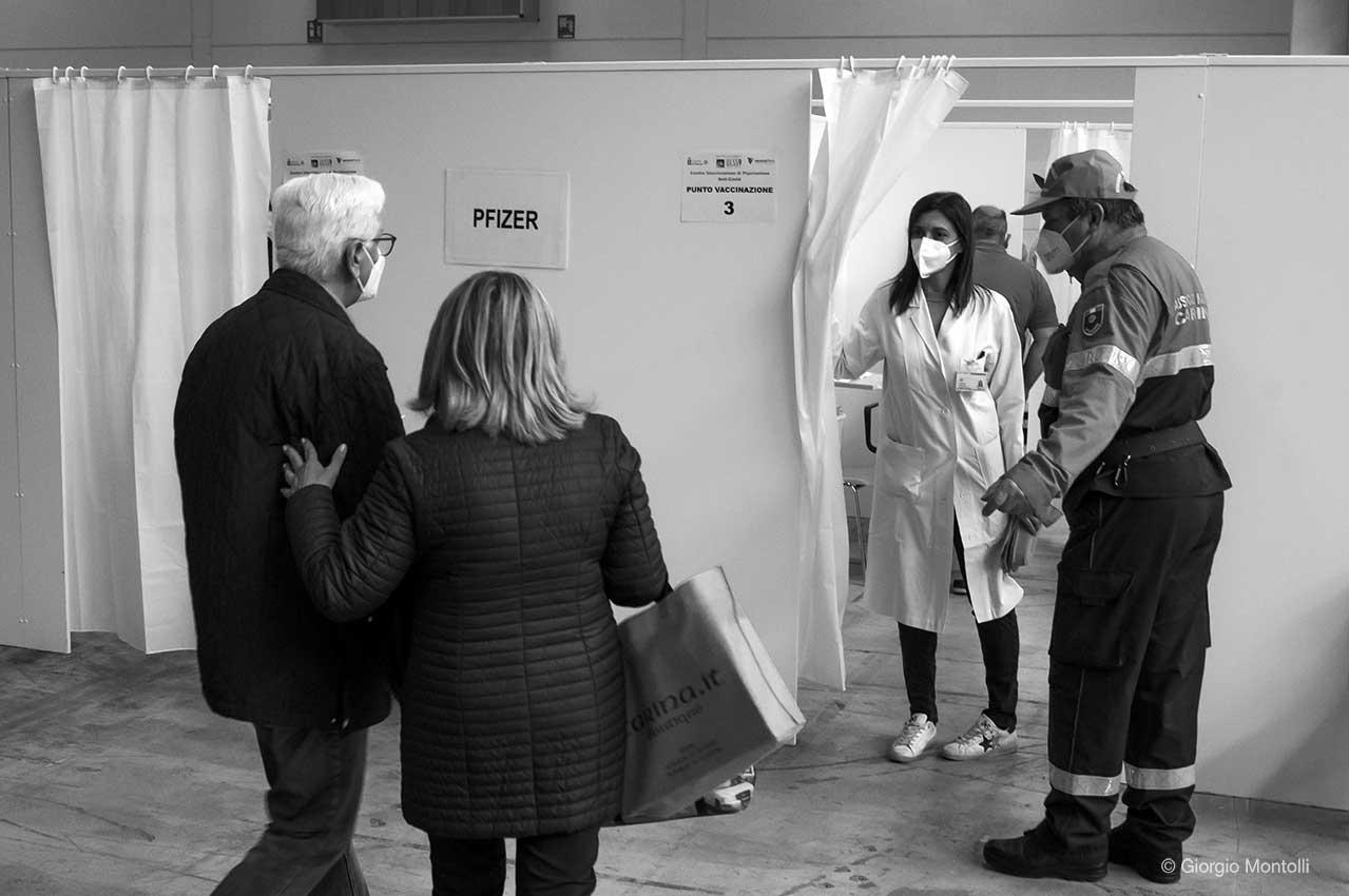 Verona, mercoledì 28 aprile 2020, vaccinazione in Fiera con Pzifer