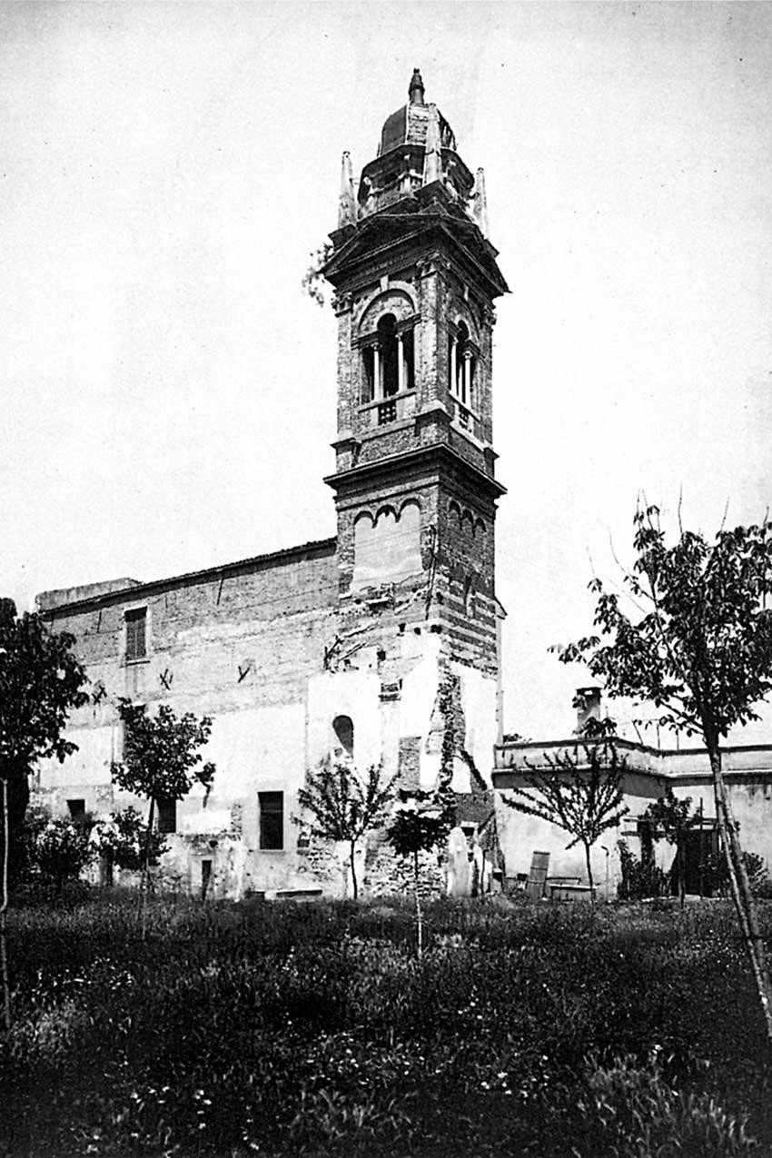 Il campanile sanmicheliano di Santa Maria delle Vergini (convento Maddalene, Verona) prima della demolizione